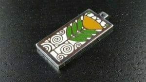 custom charms hard enamel flower logo