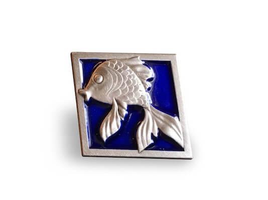 custom 3d enamel fish pin